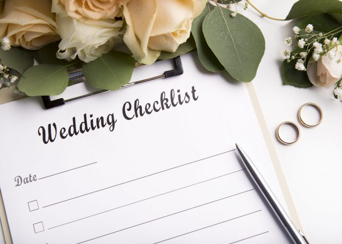 close-up-of-wedding-checklist-with-empty-space-for-ZBRHUQ9 (2)-min